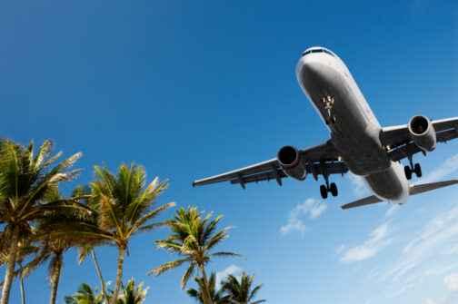 Flug in den Sommerurlaub