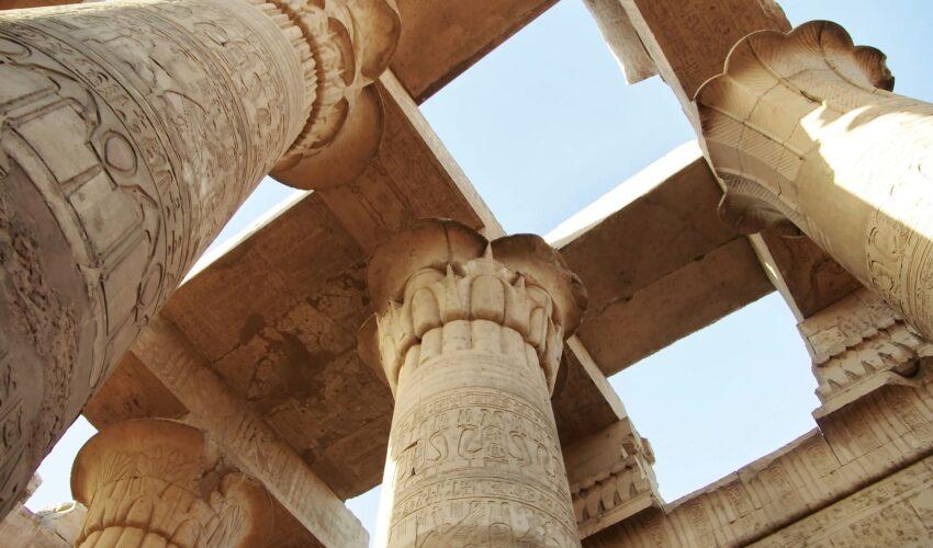Karnak-Tempel Säulen