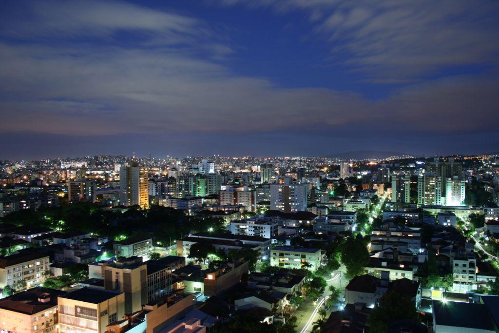 Porto Alegre bei Nacht