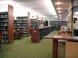 Bibliothek mit viel Auswahl