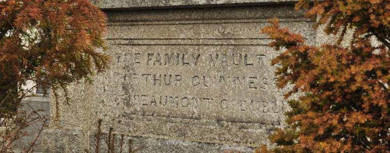 Arthur Guiness der Zweite – Gründer der Guiness Brauerei – liegt hier mit 14 Familienmitglieder begraben