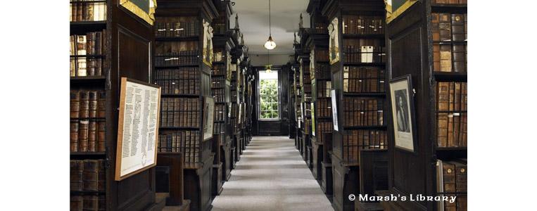 Einmal quer durch die Bücherei