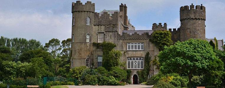 Das Malahide Castle – ehemaliger Privatbesitz und Wohnhaus der Talbot-Familie
