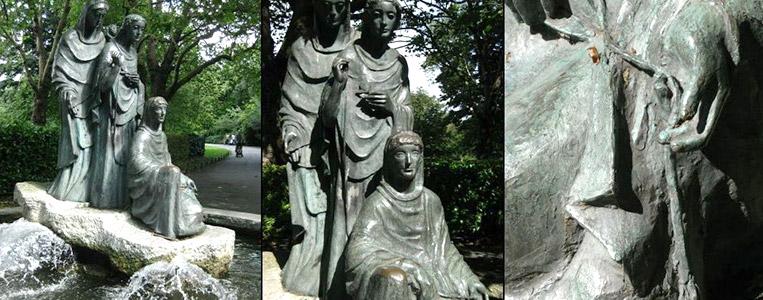 Deutsche Kunstarbeit: Die Bronze-Plastik der drei Schicksalsgöttinen