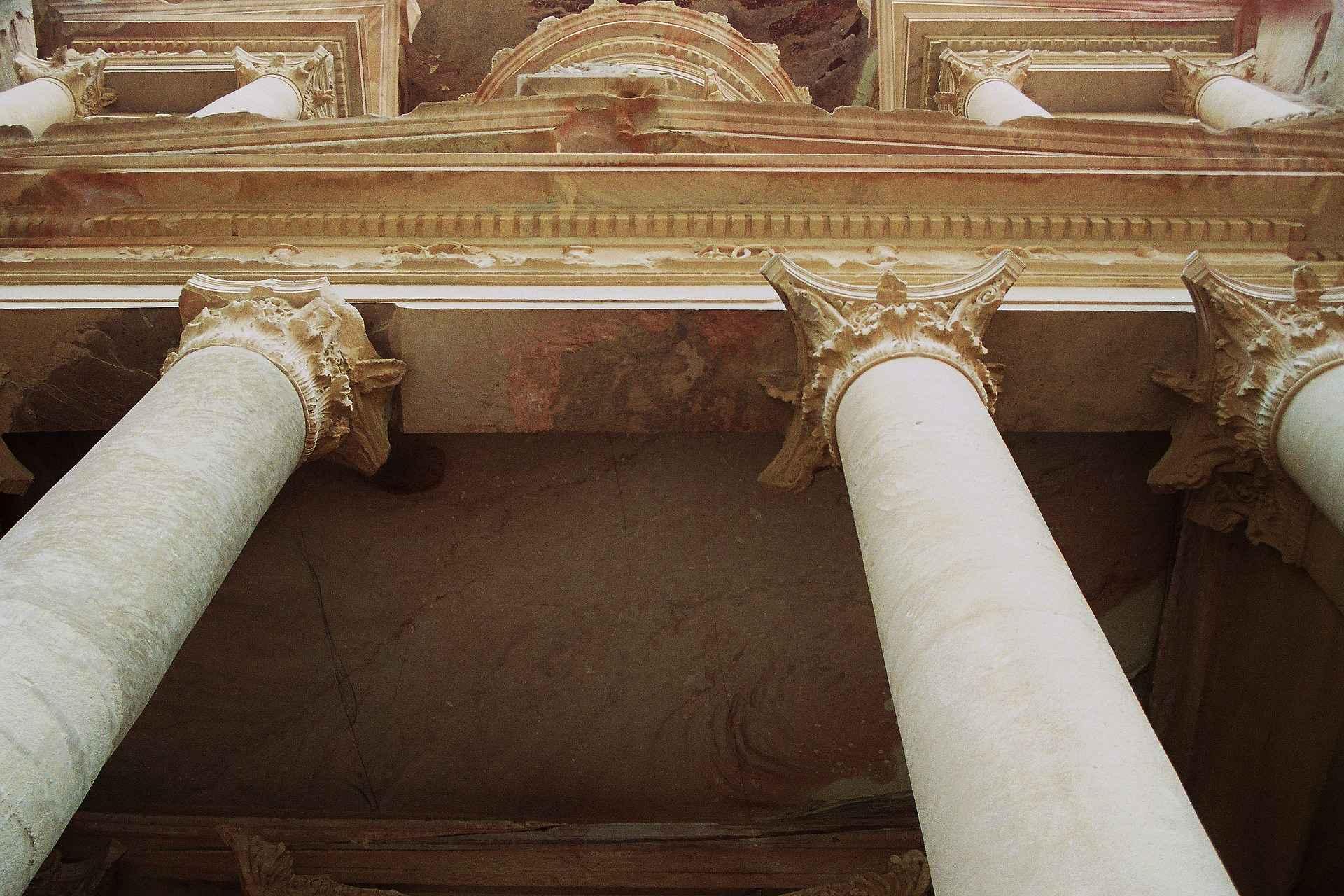petra khazne al-firaun detail