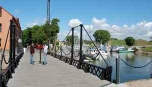 Ein kleiner Anlegerhafen in Klapeida