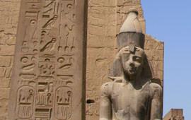 Luxor-Tempel Sitzstatue