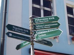 Schilder in Estland