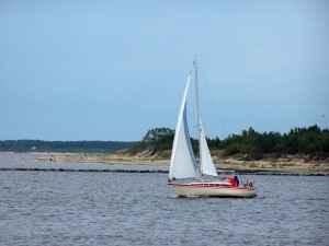 Segelboot auf der Düna
