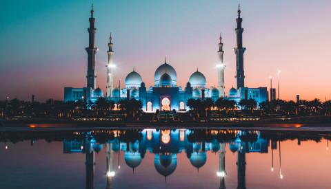 Die Sheikh-Zayed-Moschee in Abu Dhabi