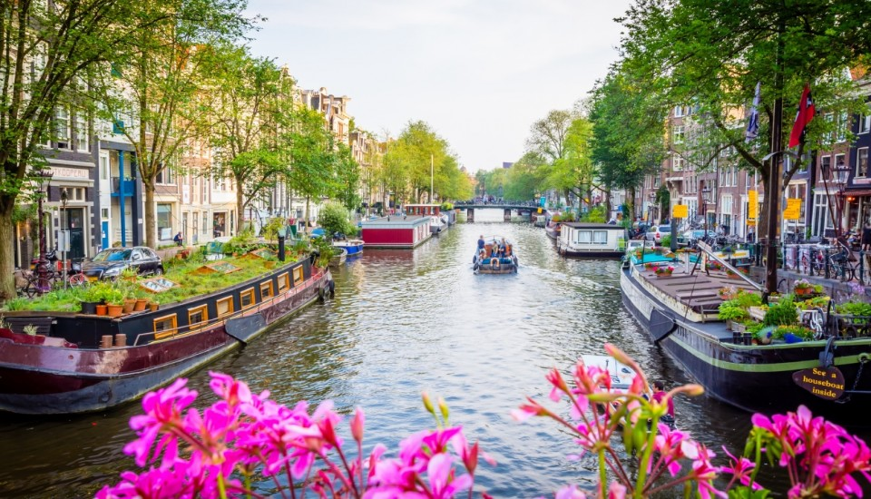 Grachten in Amsterdam Last Minute