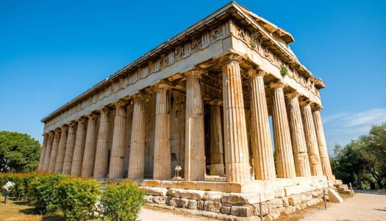 Der Hephaistos Tempel auf dem antiken Marktplatz Agora.