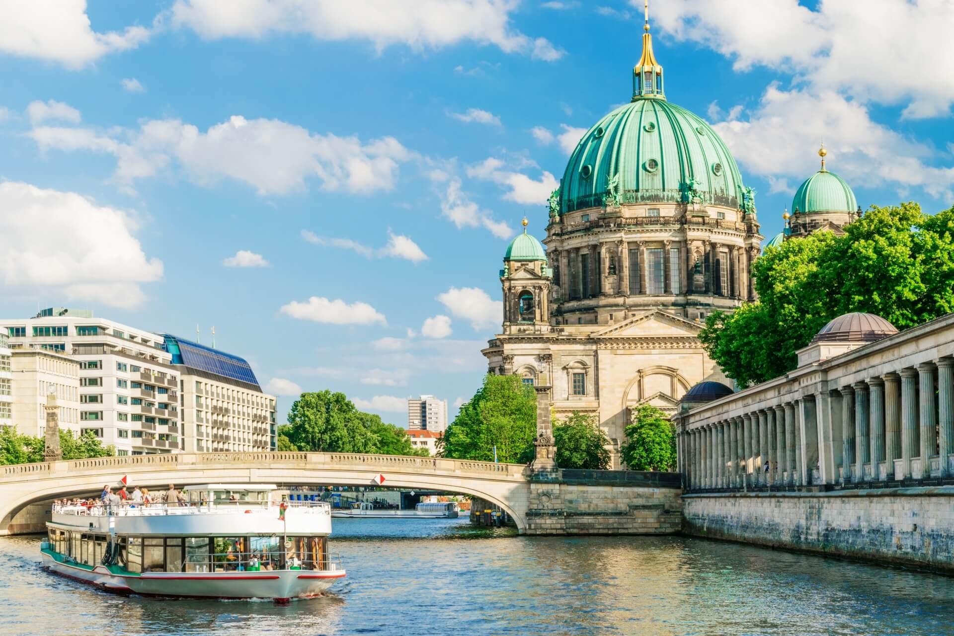 Berlin Dom Semiramis