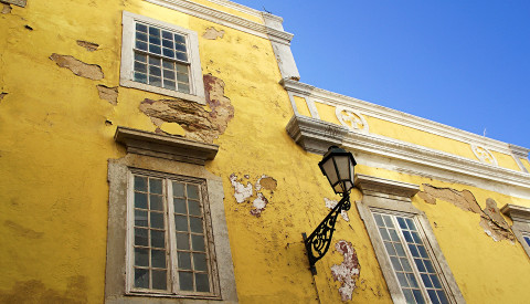 Faro Häuserwand