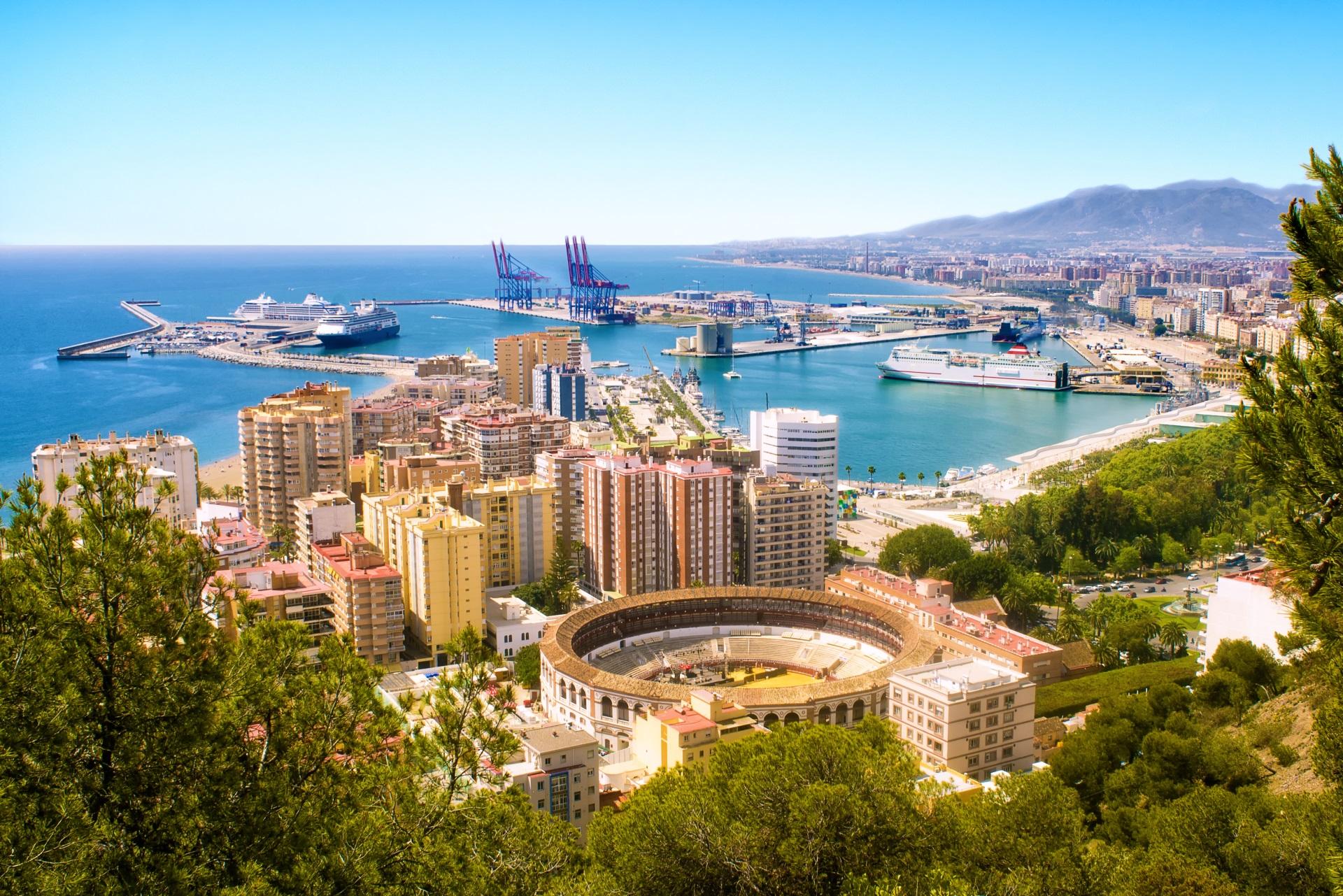 Malaga - Die Hafenstadt an der Costa del Sol. Städtereisen Spanien