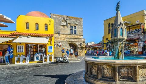 Hauptstadt der Insel - Rhodos-Stadt.