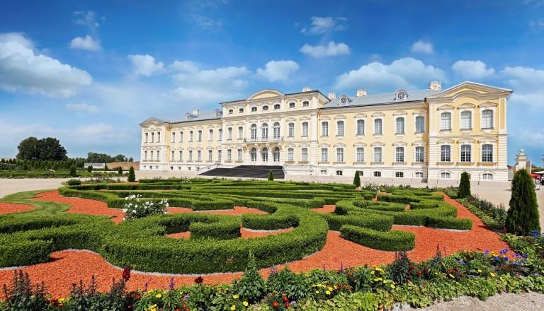 Das Versaille des Baltikums - Schloss Rundale. Reisen nach Lettland.