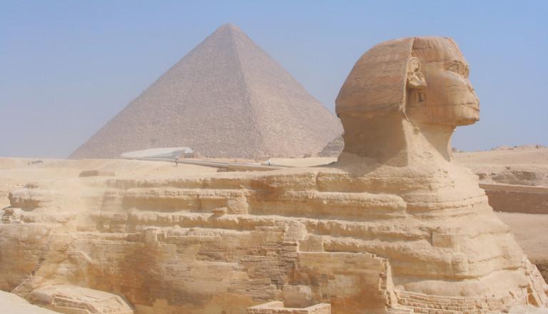 Sphinx-Pyramide