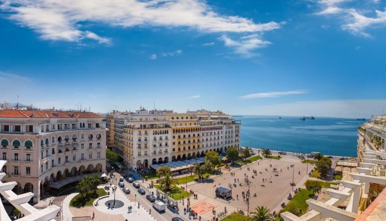Herz der Stadt: Der Aristoteles Platz in der Innenstadt von Thessaloniki