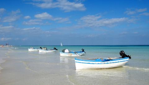 Sidi Mahres Strand