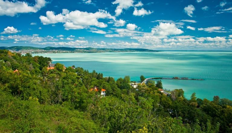 Der Balaton ist eines der beliebtesten Reiseziele in Ungarn.