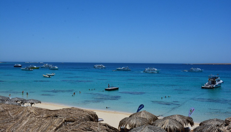 Verbringen Sie einen entspannten Aufenthalt in einem Strandhotel!