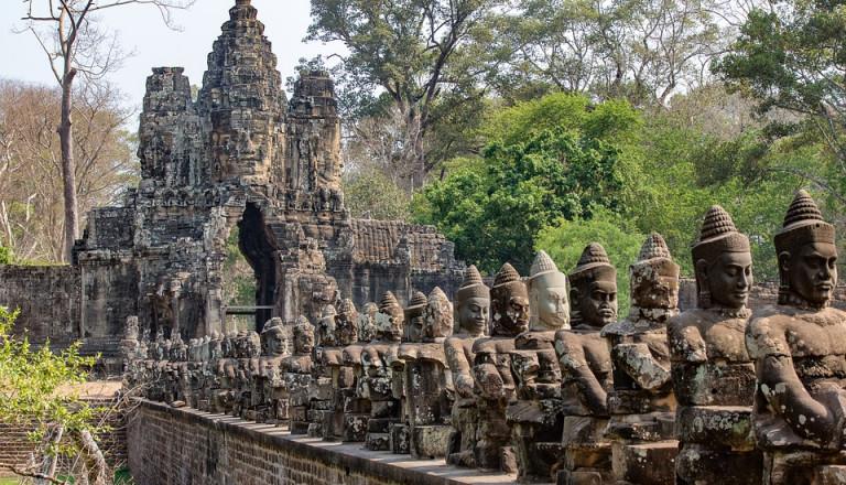 Abenteuer und Kultur vereinen in Angkor Wat! Kambodscha