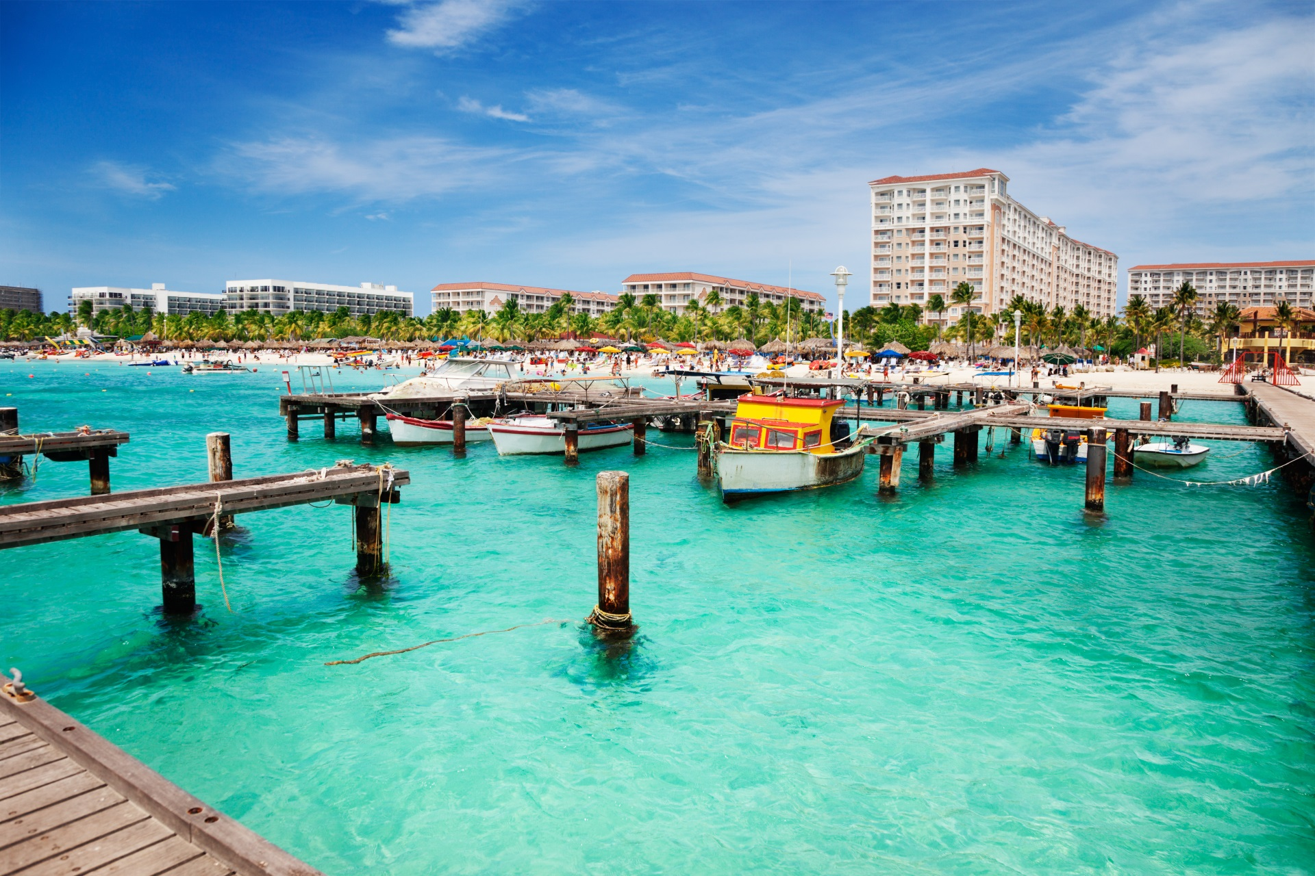 Die Touristenhochburg Palm Beach auf Aruba.