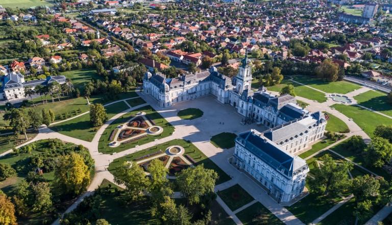 Das Schloss Festetics  in Keszthely. Balaton Plattensee Reisen