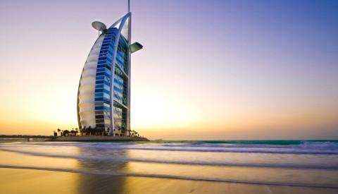 Das Burj al Arab in Dubai zählt sogar 7 Sterne.