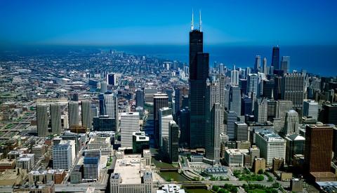 Der Willis Tower ist das zweithöchste Gebäude der USA.