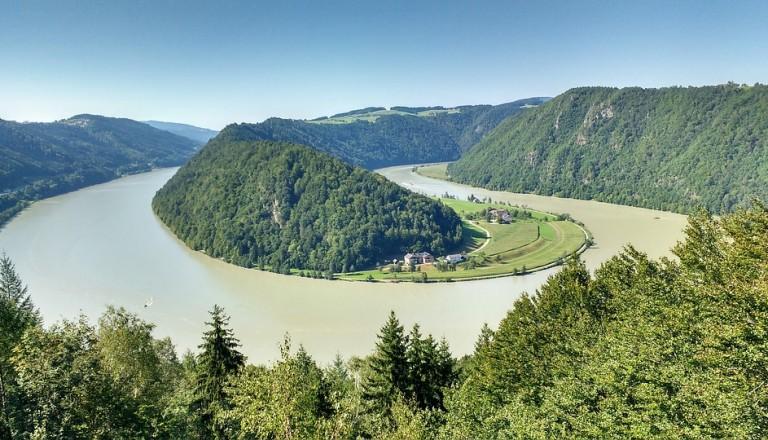 Donau Kreuzfahrt Schlögen Österreich