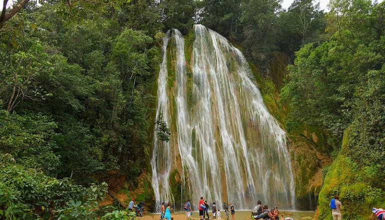 Baden kann man auch am El Limon Wasserfall