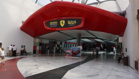 Ferrari World - für Jung & Alt. Abu Dhabi