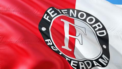Feyenoord ist der Fußballclub Rotterdams.