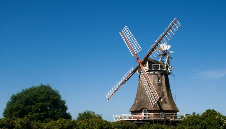 Die Windmühle bei Borgsum auf Föhr.