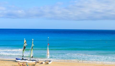 Katamaranfahrten am Morro Jable. Luxusurlaub auf Fuerteventura.