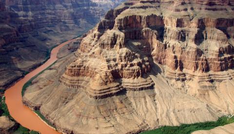 Der Grand Canyon ist einer der spektakulären Nationalparks in den USA.