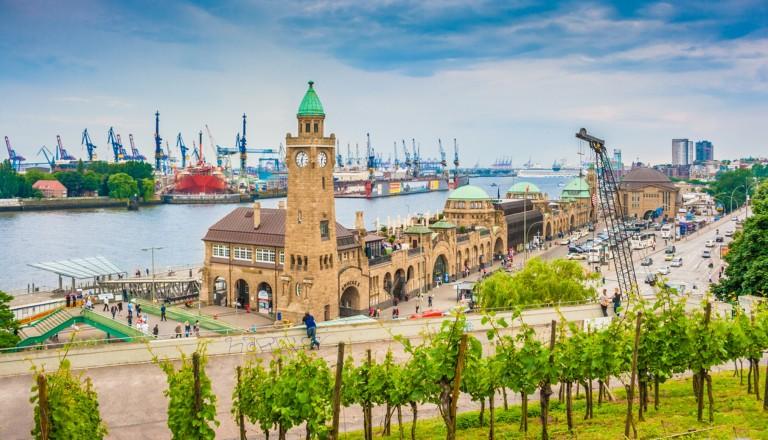 Die Landundgsbrücken in Hamburg.