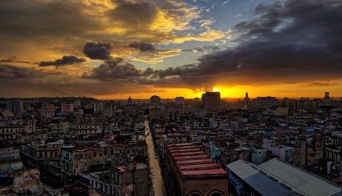 Erleben Sie Karibikflair in der Millionenmetropole Havanna!