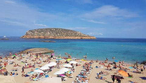Auch Last Minute finden Sie noch freie Plätze auf Ibiza