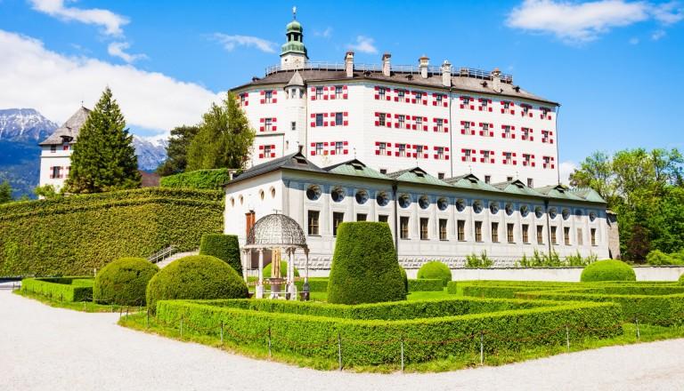 Das Schloss Ambras in Innsbruck.