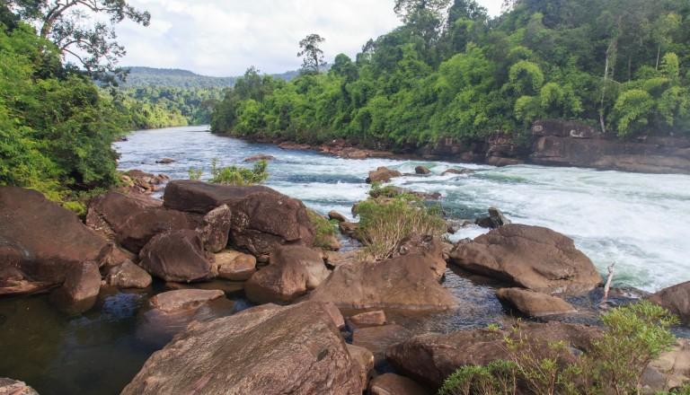 Der Tatai Wasserfall auf Koh Kong, Kambodscha