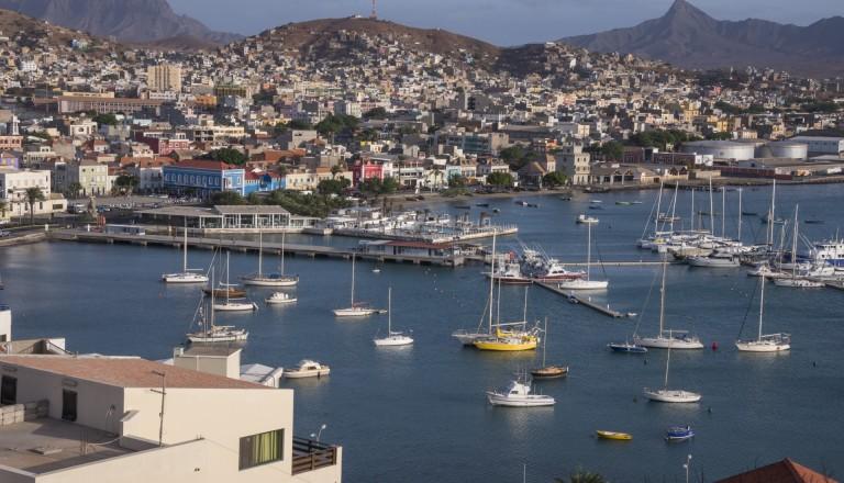 Die Hafenstadt Mindelo, Kap Verde.