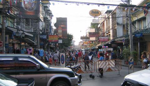 Die Khaosan Road ist seit je her ein Backpackermagnet.