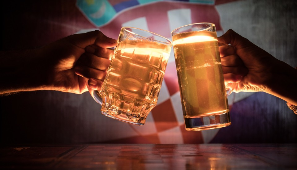Party in Kroatien mit Bier