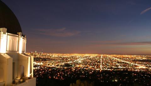 In LA kann man vom Griffiths Observatory Sterne sogar am Himmel sehen - nicht nur in Hollywood.