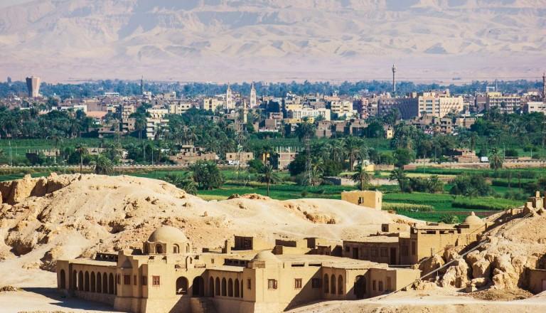 Sicht vom Hathsepsut Tempel. Luxor.