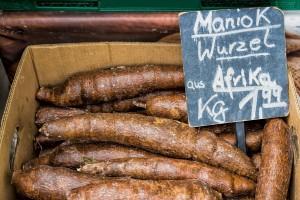 Maniok Essen und Reisen