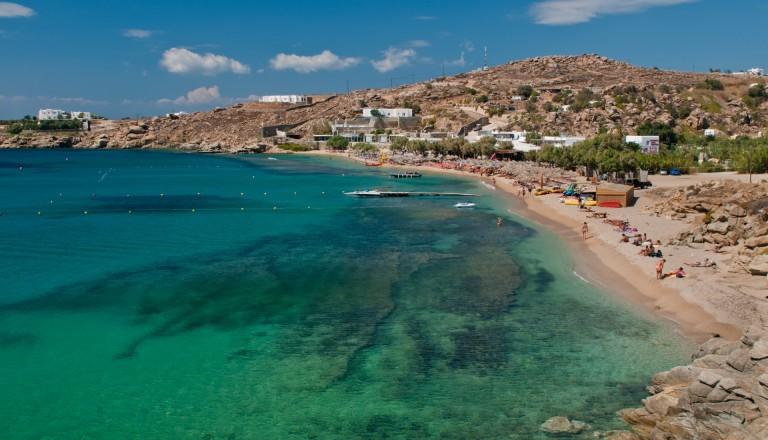 Der Paradise Beach auf Mykonos.